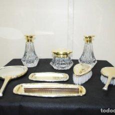 Antigüedades: JUEGO DE TOCADOR ANTIGUO DE PLATA. Lote 269187850