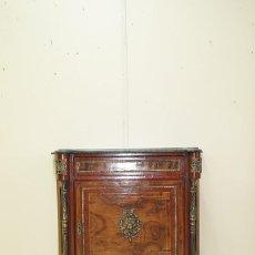 Antigüedades: MUEBLE ANTIGUO ENTREDÓS ESTILO IMPERIO CON BRONCES. Lote 269194408