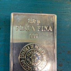 Antigüedades: LINGOTE DE PLATA 250GRAMOS. 999 CON CERTIFICADO DE METALES PRECIOSOS . CEMPSA. Lote 269197533