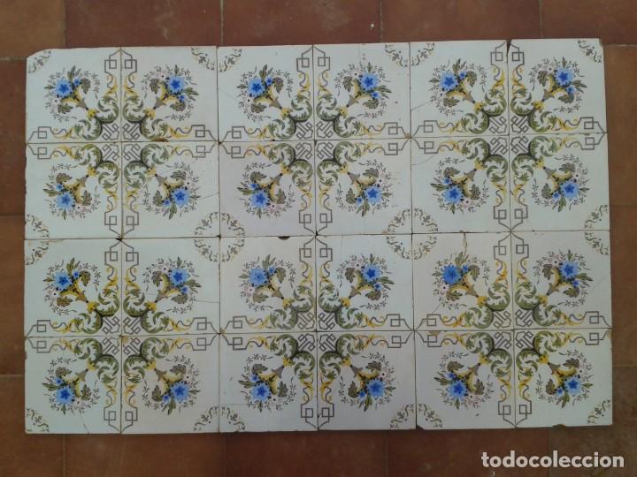 P16 24 AZULEJOS MODERNISTAS PANEL BANCO ENCIMERA PARED MURO MESA PILAR (Antigüedades - Porcelanas y Cerámicas - Azulejos)