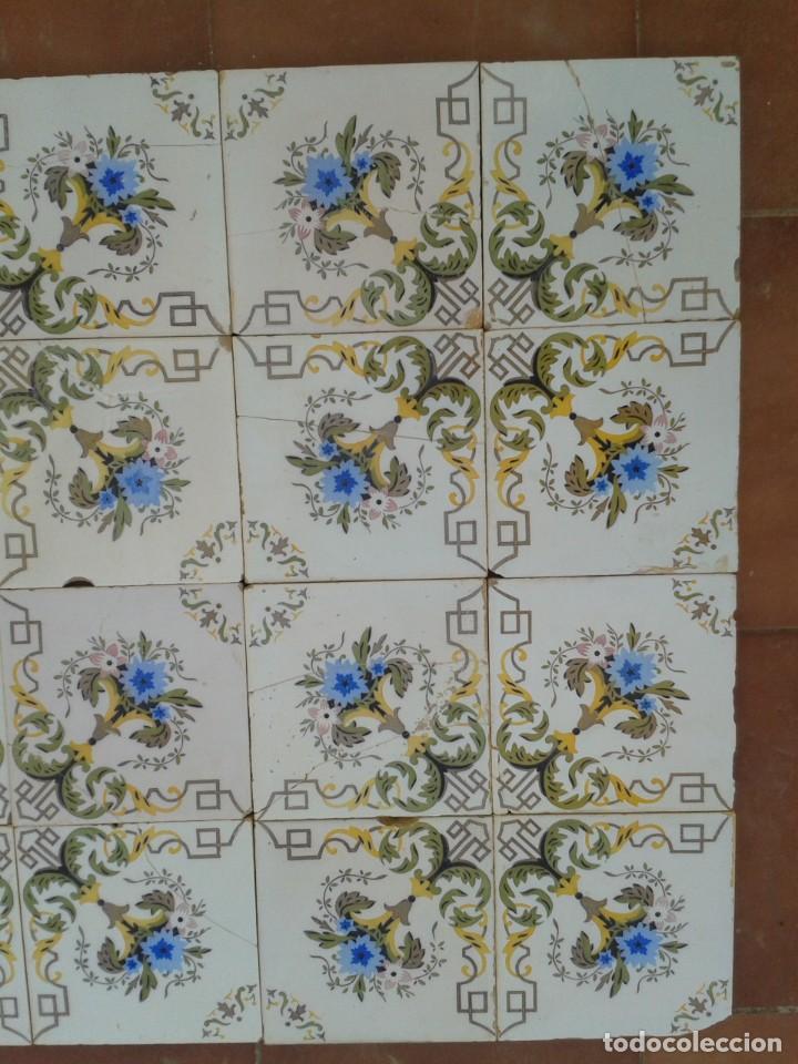 Antigüedades: P16 24 AZULEJOS MODERNISTAS PANEL BANCO ENCIMERA PARED MURO MESA PILAR - Foto 3 - 269287123