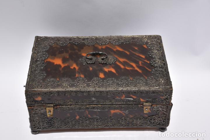 Antigüedades: Arqueta colonial de carey con aplicaciones de plata .Mexico siglo XVIII - Foto 4 - 269329083