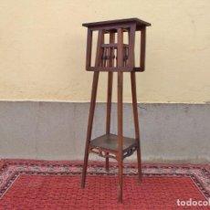 Antigüedades: MACETERO DE MADERA ANTIGUO ESTILO ART DECÓ 120 CM CAOBA. MACETERO DE PIÉ PEDESTAL VINTAGE MODERNISTA. Lote 269375093