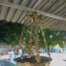 Antigüedades: LAMPARA VOTIVA GRANDE DORADA ANTIGUA. Lote 269448198