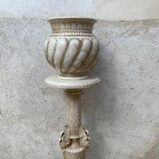 Antigüedades: MACETERO DOS PIEZAS FRANCIA CENTROEUROPA PPIO SXX CISNES ALAS COLUMNA FUSTE MACETA GALLONADA 117X35C. Lote 269464163