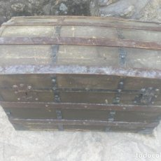 Antigüedades: ANTIGUO BAÚL EN MADERA Y HIERRO.. Lote 269605288