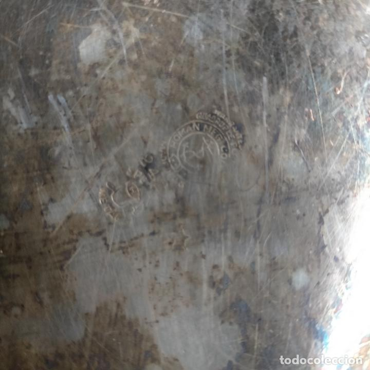 Antigüedades: ESPECTACULAR ANTIGUA BANDEJA METAL LABRADA CON FLORES 29 CM IDEAL CAPILLA VIRGEN SEMANA SANTA SELLO - Foto 21 - 269640213