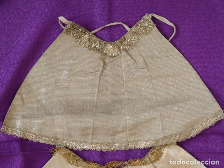 Antigüedades: Conjunto de cuatro capas para imágenes de vestir o cap i pota. S. XVIII-XIX. - Foto 4 - 269747893