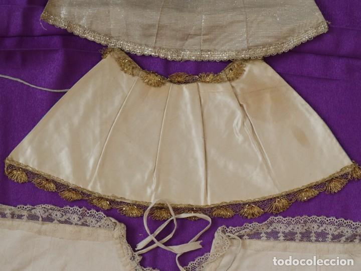 Antigüedades: Conjunto de cuatro capas para imágenes de vestir o cap i pota. S. XVIII-XIX. - Foto 6 - 269747893