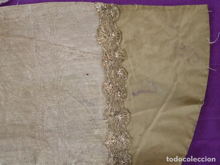 Antigüedades: Conjunto de cuatro capas para imágenes de vestir o cap i pota. S. XVIII-XIX. - Foto 13 - 269747893