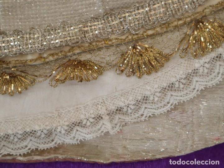 Antigüedades: Conjunto de cuatro capas para imágenes de vestir o cap i pota. S. XVIII-XIX. - Foto 18 - 269747893