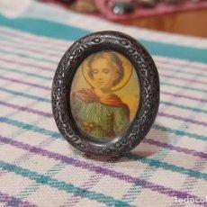 Antigüedades: ANTIGUO RELICARIO MARCO PLATA DE LEY, 4,36 GRAMOS. Lote 269750723