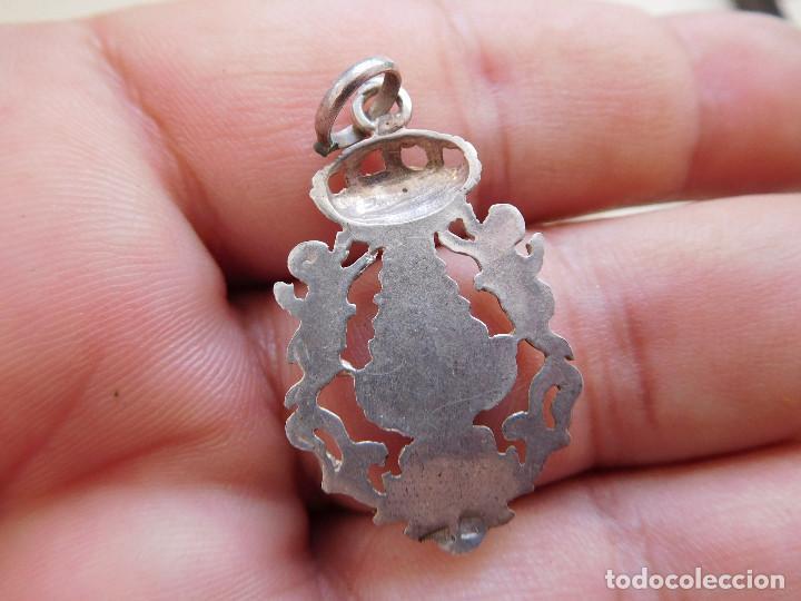 Antigüedades: Medalla de plata calada virgen Macarena? - Foto 2 - 269810333