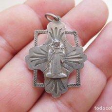 Antigüedades: MEDALLA DE PLATA CALADA SAN MUS. Lote 269810758