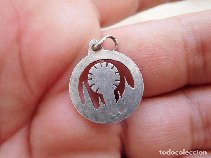Antigüedades: Medalla de plata calada N.S. del Pilar Zaragoza - Foto 2 - 269811413