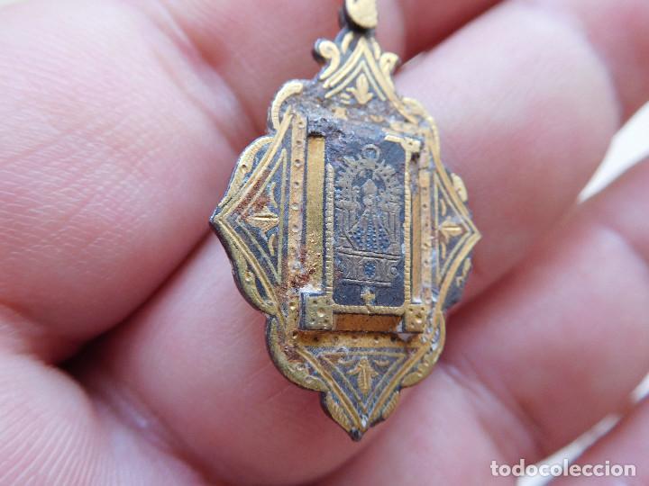 Antigüedades: Medalla damasquinada Ntra. Sra. del Sagrario de Toledo - Foto 2 - 269812793