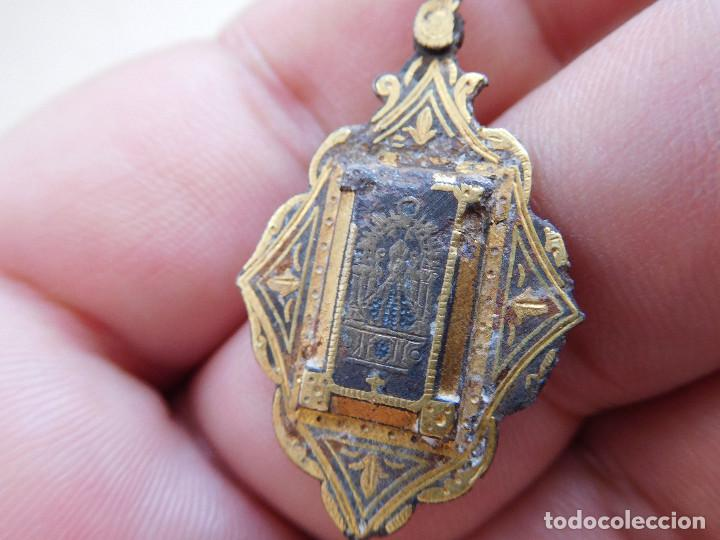 Antigüedades: Medalla damasquinada Ntra. Sra. del Sagrario de Toledo - Foto 3 - 269812793