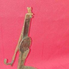 Antigüedades: ANTIGUO CANDIL DE HIERRO DOBLE. Lote 269815148
