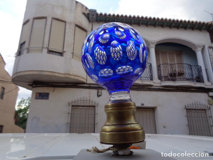 Antigüedades: ANTIGUA BOLA POMO DE ESCALERA DE CRISTAL BACCARAT BICOLOR TALLADO. ORIGINAL- - Foto 7 - 269999343