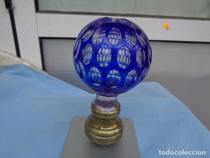 ANTIGUA BOLA POMO DE ESCALERA DE CRISTAL BACCARAT BICOLOR TALLADO. ORIGINAL- (Antigüedades - Cristal y Vidrio - Baccarat )