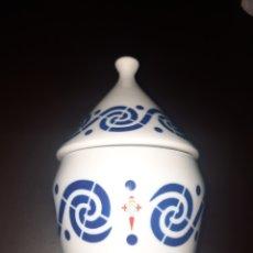 Antiquités: BOMBONERA DE SARGADELOS,REAL CLUB CELTA DE VIGO.. Lote 270102778