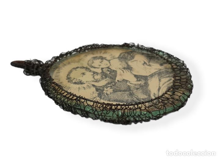 Antigüedades: Relicario San José Virgen del Carmen. Grabados, cristal. SXVIII-XIX total 8x4cm - Foto 3 - 270109288