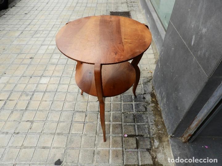 Antigüedades: PRECIOSA MESA DE MADERA DE NOGAL DE EPOCA ART DECO - Foto 6 - 270111243