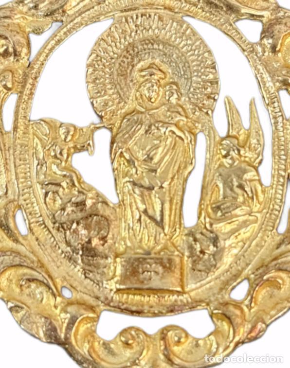 Antigüedades: Gran medalla Virgen del Pilar en plata dorada. 16gr 6x4cm - Foto 4 - 270127603