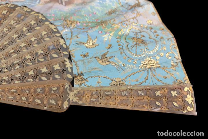 Antigüedades: Abanico asta, piqué oro y litografías coloreadas. Hand fan. Horn, gold inlay, lithos. ca 1850 27cm - Foto 4 - 270163538