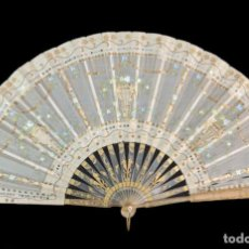 Antigüedades: ABANICO ASTA, PIQUÉ, PAÍSTEXTIL. HAND FAN. HORN, GOLD INLAY, TISSU. CA 1850. Lote 270164983