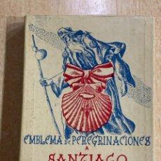 Antigüedades: EMBLEMA DE PEREGRINACIONES A SATIAGO DE COMPOSTELA 1954. Lote 270370868