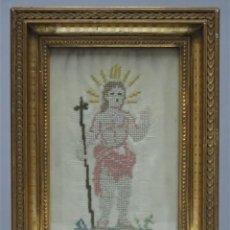 Antigüedades: BORDADO NIÑO JESUS. PUNTO DE CRUZ SOBRE SEDA. MARCO ANTIGUO. FECHADO 1893. Lote 270571303