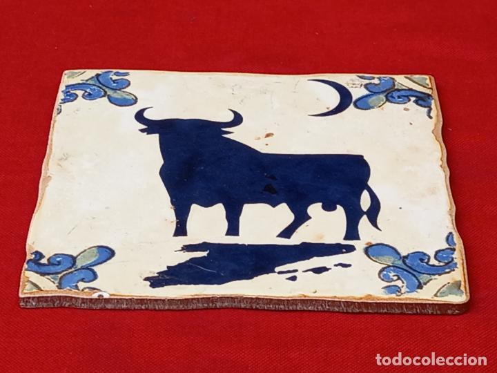 Antigüedades: AZULEJO CERAMICO DE COLECCION, PINTADO Y VIDRIADO. - Foto 2 - 270573698