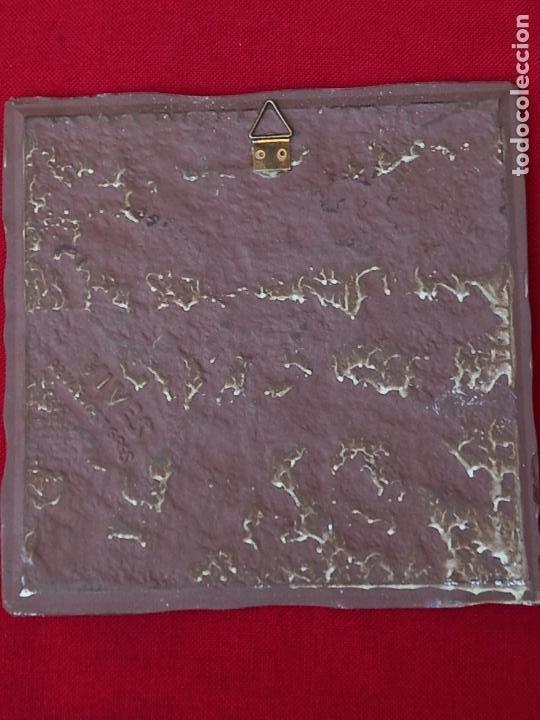 Antigüedades: AZULEJO CERAMICO DE COLECCION, PINTADO Y VIDRIADO. - Foto 3 - 270573698