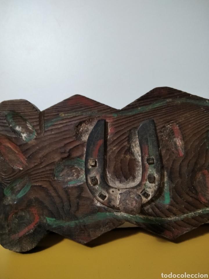 Antigüedades: ANTIGUA PERCHA DE MADERA. - Foto 4 - 270652003