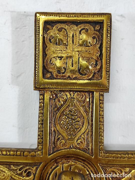 Antigüedades: Crucifijo, Cristo a la Cruz - Majestad - Bronce Cincelado - Principios S. XX - Foto 8 - 270911268