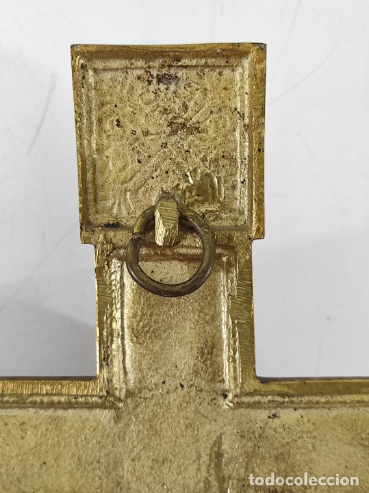 Antigüedades: Crucifijo, Cristo a la Cruz - Majestad - Bronce Cincelado - Principios S. XX - Foto 15 - 270911268