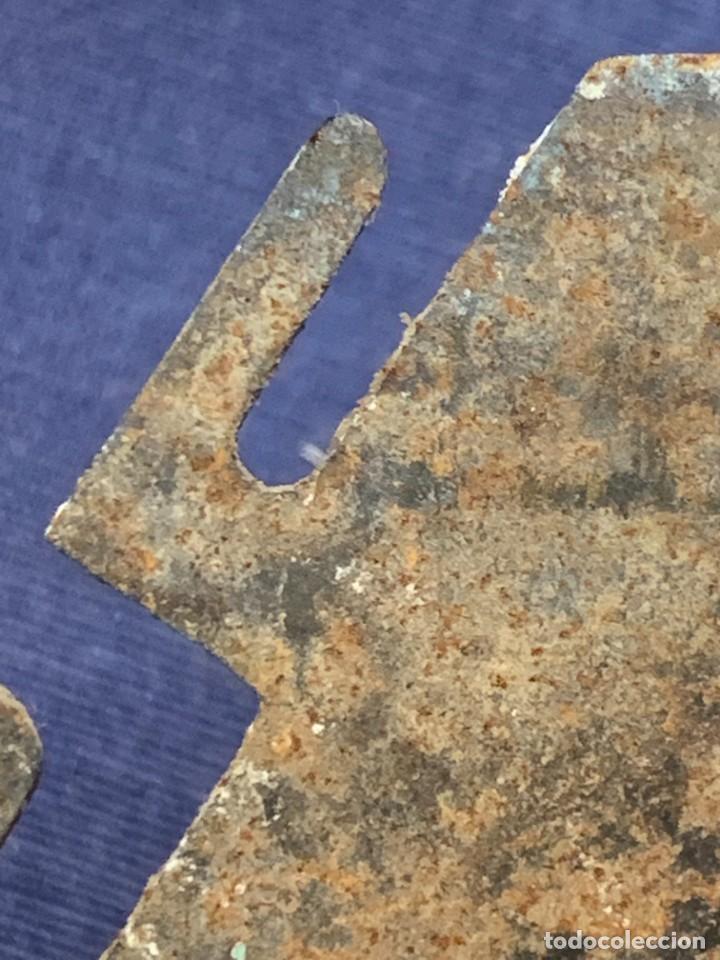 Antigüedades: ABRELATAS UTIL COCINA ANTIGUO PPIO S XX MANGO MADERA 19X5CMS - Foto 4 - 270921138