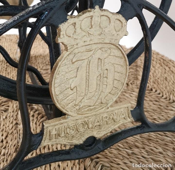 Antigüedades: Mesa Pie de Maquina de Coser - Foto 6 - 270931113