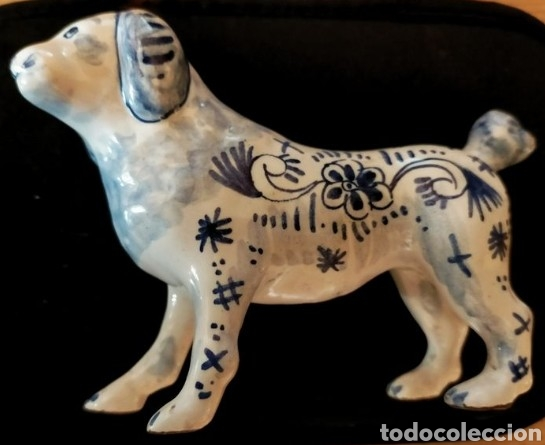 FIGURA PERRO PORCELANA DELFT (HOLANDA) SIGLO XIX (Antigüedades - Porcelana y Cerámica - Holandesa - Delft)