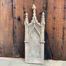 Antigüedades: PORTICO O DOSEL EN ESTUCO PARA TRONO DE SAGRADO CORAZON O DORSO IMAGEN RELIGIOSA. OLOT. Lote 271012908