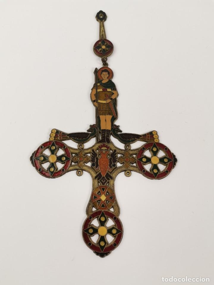 CRUZ DE BRONCE ESMALTADA, GRECIA. MEDIADOS S.XX. (Antigüedades - Religiosas - Cruces Antiguas)