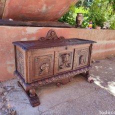 Antigüedades: ARCA TALLADA. Lote 271598388