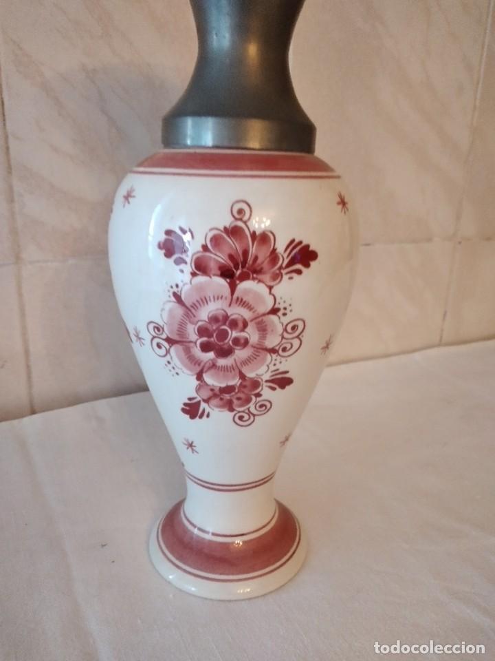 Antigüedades: Precioso jarrón de porcelana delft holland handpainted, variante rojo,boca de estaño - Foto 6 - 271663253