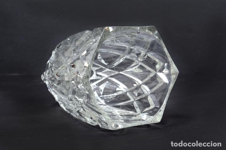 Antigüedades: Precioso jarrón francés de cristal tallado de mediados de siglo - Foto 8 - 271840493