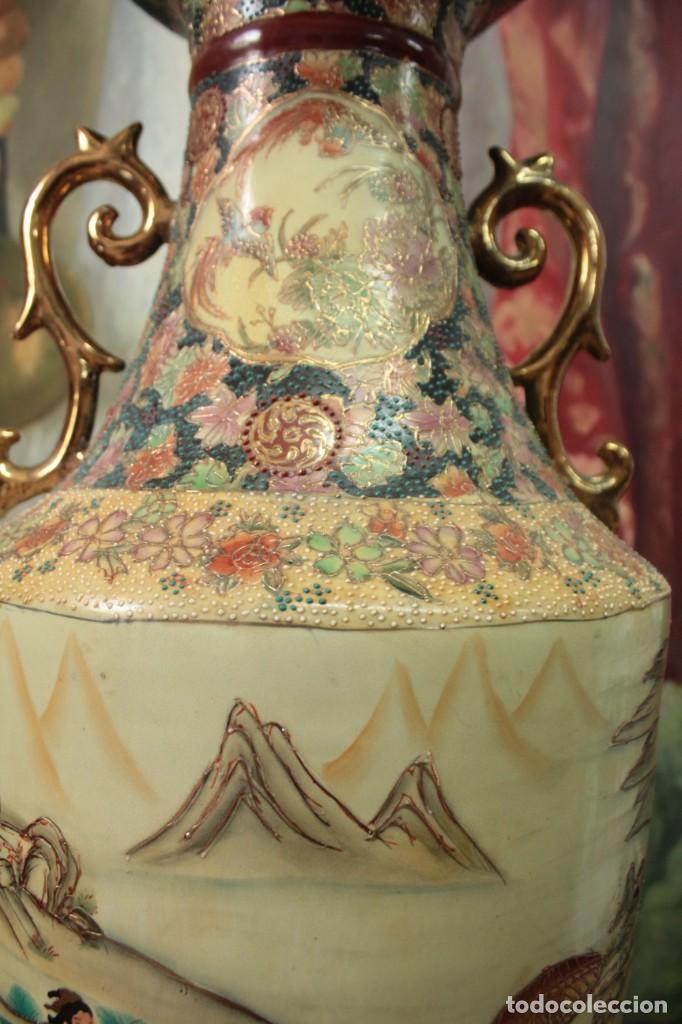Antigüedades: Gran jarrón estilo Satsuma. Decorado a mano. Con certificado. 81cm(sin contar pie) China - Foto 6 - 271866438