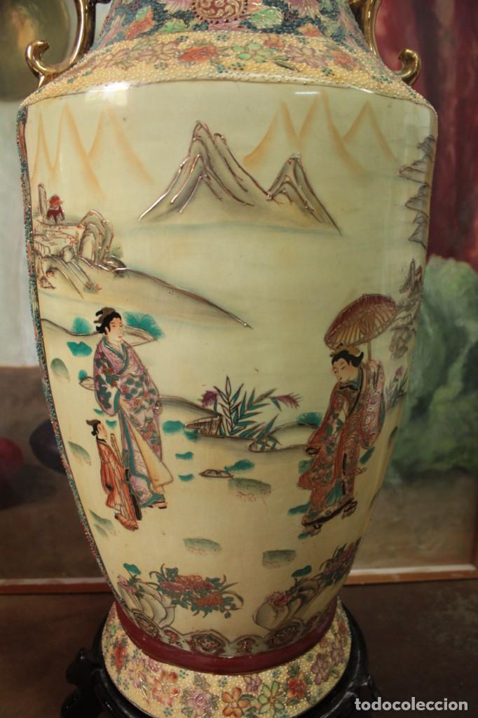 Antigüedades: Gran jarrón estilo Satsuma. Decorado a mano. Con certificado. 81cm(sin contar pie) China - Foto 7 - 271866438
