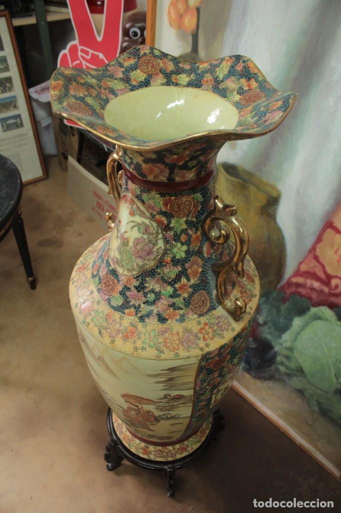 Antigüedades: Gran jarrón estilo Satsuma. Decorado a mano. Con certificado. 81cm(sin contar pie) China - Foto 8 - 271866438
