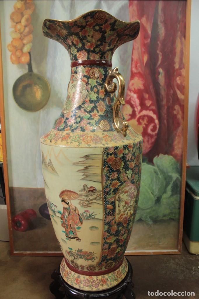 Antigüedades: Gran jarrón estilo Satsuma. Decorado a mano. Con certificado. 81cm(sin contar pie) China - Foto 10 - 271866438