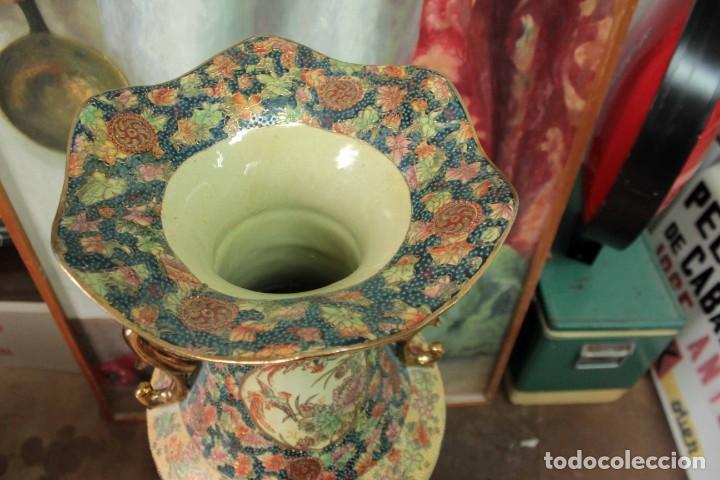 Antigüedades: Gran jarrón estilo Satsuma. Decorado a mano. Con certificado. 81cm(sin contar pie) China - Foto 14 - 271866438